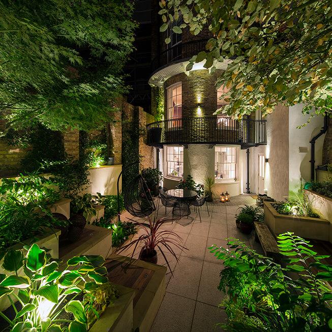 Garden Lighting – light and shade